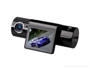 Две камеры с дисплеем