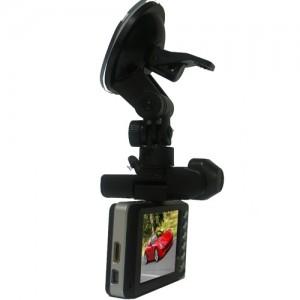 видеорегестратор с креплением на стекле
