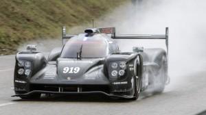 Porsche обновляет 919 Hybrid racer для сезона 2015 года