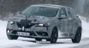 SPYSHOTS: Renault Megane IV видел зимой-тестирования
