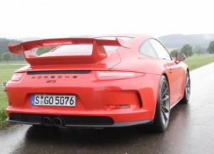 Экс-пилот F1 Марк Уэббер имеет жесткую жизнь, рушит Порше 911 GT3 в РС