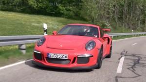 Крис Харрис попадает в трек в Porsche 911 GT3 в РС