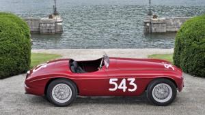 На Ferrari 212 barchetta великолепно подчеркивает РМ аукцион в Вилла д'Эсте