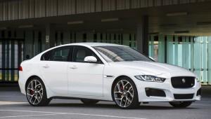 Базовый седан Jaguar XE, но был в гуще соперников