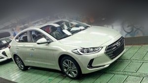 The new sedan Hyundai Elantra prematurely dropped camouflage