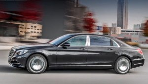 Arrived in Russia sedan Mercedes-Benz Maybach S 400