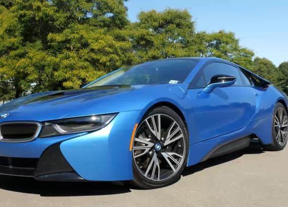 2015 BMW I8 | Beauty-Roll
