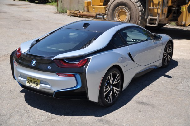 2015 BMW i8 rear angle