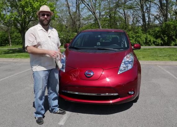 2013 Nissan LEAF Test Drive