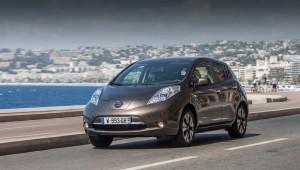 В электрическом Nissan Leaf имеет улучшенные снова