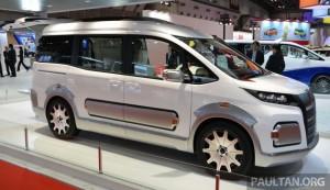 2015 Токио: Toyota Автомобильный Кузов Ной Активный Кросс