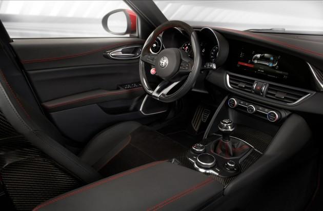 Alfa-Romeo-Giulia-11