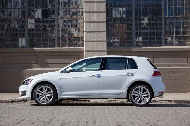 2015 Volkswagen Golf TDI white