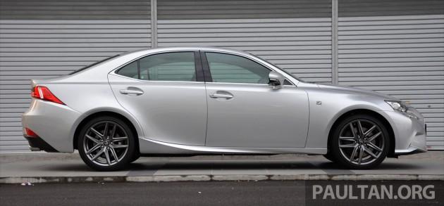 Lexus IS 200t Review 1