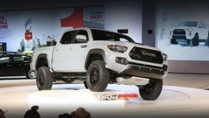Пикап Тойота Такома ТРД Pro рада с улучшениями шасси